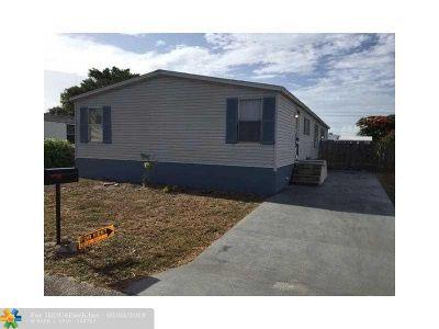 Boca Raton Single Family Home For Sale: 11913 Watergate Cir