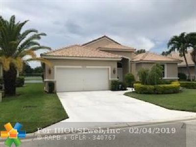 Boynton Beach Single Family Home For Sale: 9216 Cove Point Cir