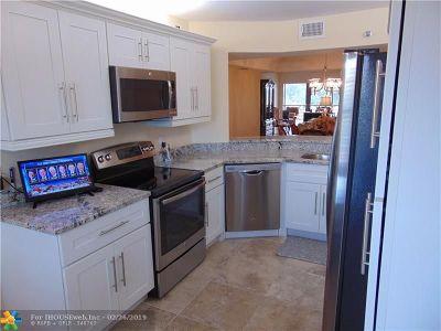 Boca Raton FL Condo/Townhouse For Sale: $209,800