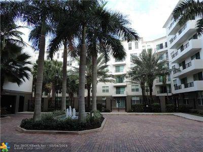 Fort Lauderdale Condo/Townhouse Pending Sale: 2421 NE 65th St #610