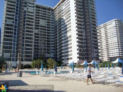 Hallandale Condo/Townhouse For Sale: 2030 S Ocean Dr #419
