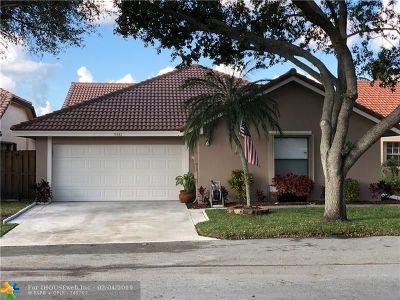 Plantation Single Family Home For Sale: 9561 NW 18th Dr