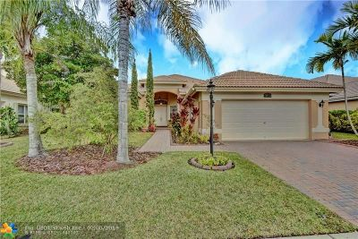 Parkland Single Family Home For Sale: 11207 NW 68th Place