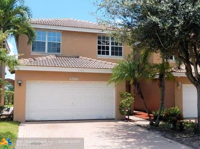 Lauderhill Single Family Home For Sale: 6700 NW 38th Dr