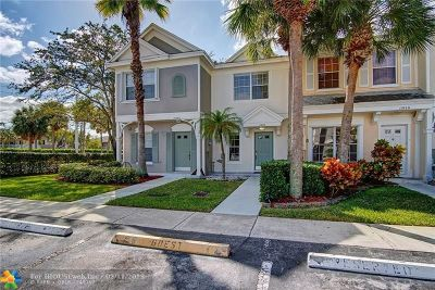 Tamarac Condo/Townhouse Backup Contract-Call LA: 11010 Tarpon Bay Court #11010
