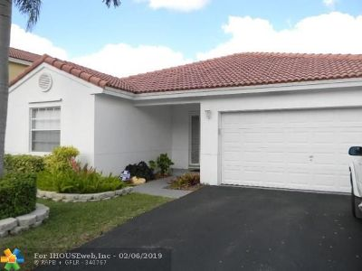Sunrise Single Family Home For Sale: 12641 NW 11th Ct