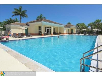 Pompano Beach Condo/Townhouse For Sale: 238 SW 7th Ct #238