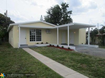 North Miami Beach Single Family Home For Sale: 260 NE 174 Street