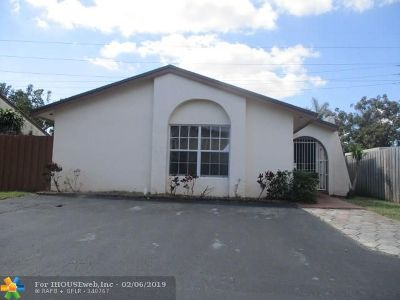 Miami Single Family Home For Sale: 3406 SW 116th Pl