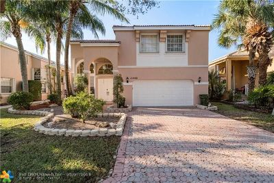Coral Springs Single Family Home For Sale: 11440 NW 49th Dr