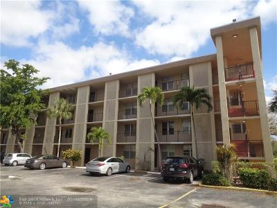Lauderdale Lakes Condo/Townhouse For Sale: 4850 NW 29th Ct #227