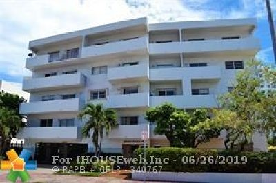 Miami Beach Condo/Townhouse For Sale: 4101 Indian Creek Dr #303