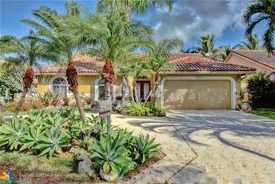 Coral Springs Single Family Home For Sale: 12437 SW 1st St