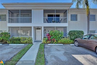 Fort Lauderdale Condo/Townhouse For Sale: 6279 Bay Club Dr #2