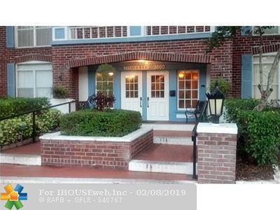 Lauderhill Condo/Townhouse For Sale: 3660 Inverrary Dr #2D