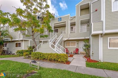 Lauderdale Lakes Condo/Townhouse For Sale: 3401 NW 44th St #104