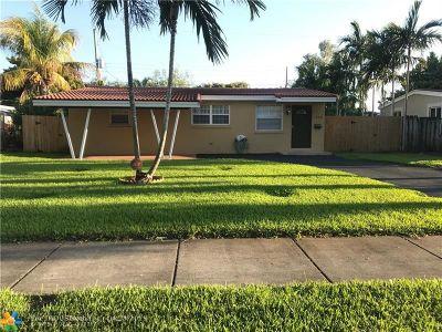 Oakland Park Single Family Home For Sale: 720 NE 61st St