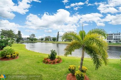 Deerfield Beach Condo/Townhouse For Sale: 2017 Harwood C #2017