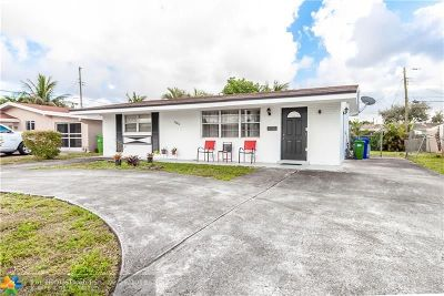 Pembroke Pines Single Family Home For Sale: 7680 NW 13th St