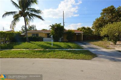 Deerfield Beach Single Family Home For Sale: 1313 SW 1st Ter