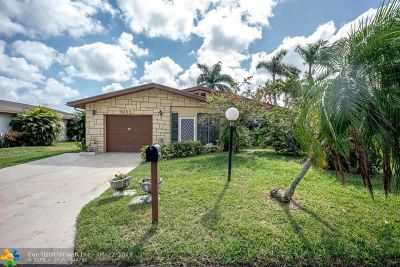 Delray Beach Single Family Home For Sale: 6293 Stanley Ln