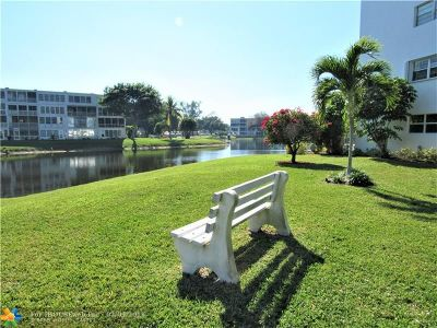Deerfield Beach Condo/Townhouse For Sale: 4030 Durham B #4030