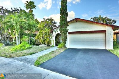 Tamarac Single Family Home For Sale: 8931 NW 67 Court