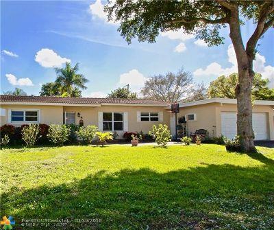 Plantation Single Family Home For Sale: 840 Zinnia Ln