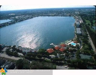 Broward County, Collier County, Lee County, Palm Beach County Rental For Rent: 105 Lake Emerald Dr #408