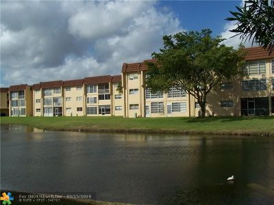 Sunrise Condo/Townhouse For Sale: 8891 Sunrise Lakes Blvd #308
