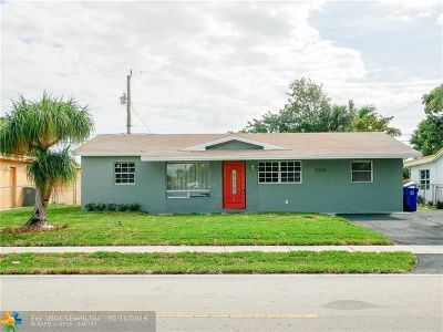 Fort Lauderdale Single Family Home For Sale: 2720 NW 22nd St