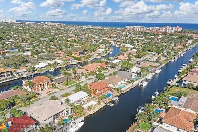 Lighthouse Point Single Family Home For Sale: 2530 NE 48th Ct
