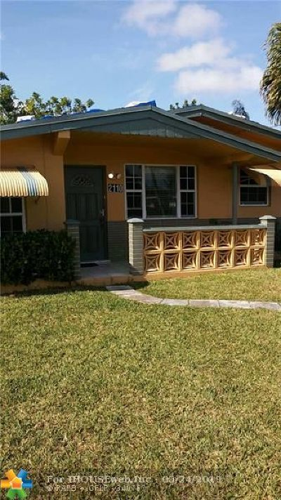 Miramar Single Family Home For Sale: 2110 Gulfstream Dr