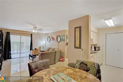Coral Springs Condo/Townhouse For Sale: 949 Riverside Dr #414