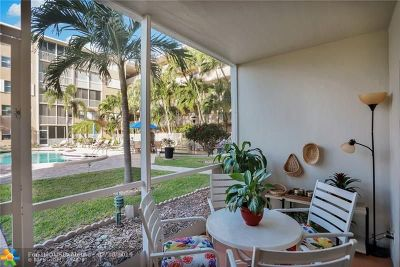 Lauderdale By The Sea Condo/Townhouse For Sale: 4117 Bougainvilla Dr #102
