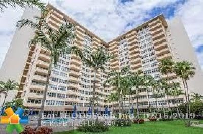 Fort Lauderdale Condo/Townhouse For Sale: 3300 NE 36th St #306