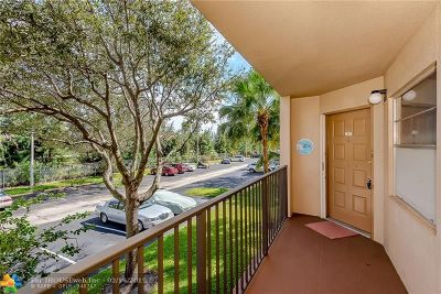 Pembroke Pines Condo/Townhouse For Sale: 1200 SW 124th Ter #201O