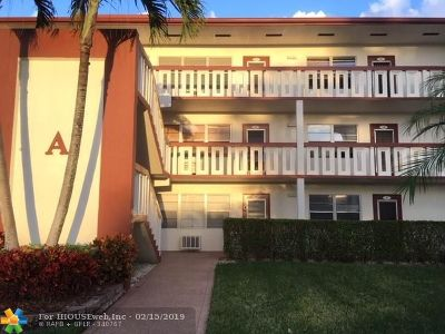 Boca Raton Condo/Townhouse For Sale: 3 Brighton A #3