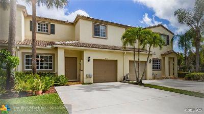 Coconut Creek Condo/Townhouse For Sale: 4710 Lago Vista Dr #4710