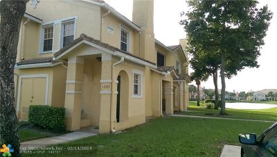 North Lauderdale Condo/Townhouse For Sale: 1205 Belmont Ln #1205
