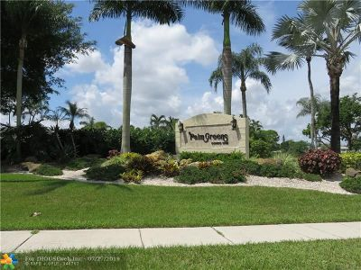 Delray Beach Condo/Townhouse For Sale: 13727 Flora Pl #A