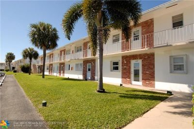Pompano Beach Condo/Townhouse For Sale: 2751 E Golf Blvd #1027