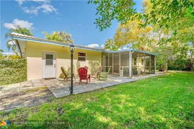 Pompano Beach Single Family Home For Sale: 2030 Coral Reef Dr