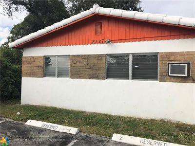 Hollywood Multi Family Home For Sale: 2125 Polk St