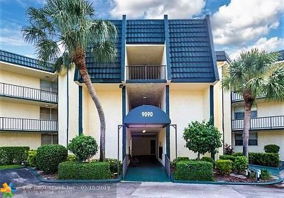 Tamarac Condo/Townhouse For Sale: 9401 Lime Bay Blvd #206
