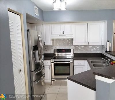 West Palm Beach Condo/Townhouse For Sale: 4190 San Marino Blvd #107