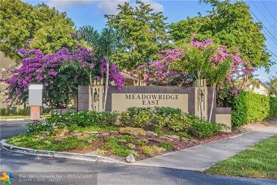 Deerfield Beach Condo/Townhouse For Sale: 2043 SW 15th St #207