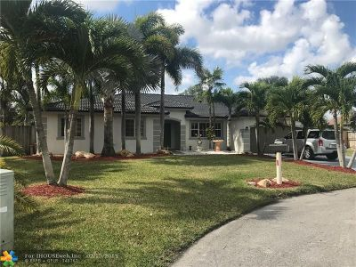 Miami FL Single Family Home For Sale: $525,000