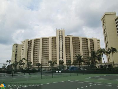 Jupiter Condo/Townhouse For Sale: 300 Ocean Trail Way #408