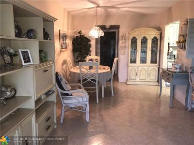 Deerfield Beach Condo/Townhouse For Sale: 321 Oakridge R #321